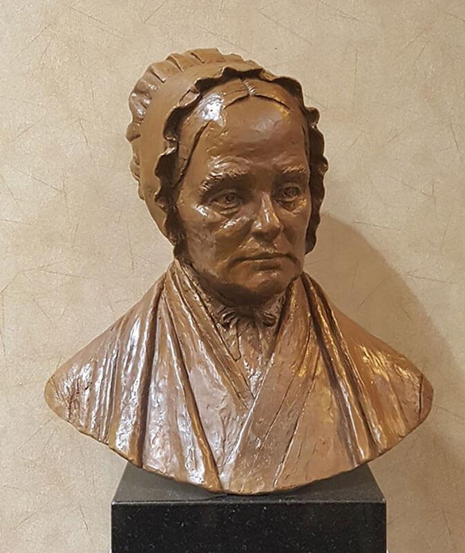 Bronze bust of Lucretia Coffin Mott by Victoria Guerina
